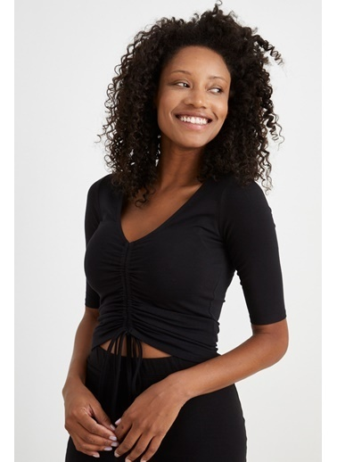 Curly Siyah Önü Büzgülü Bluz Siyah